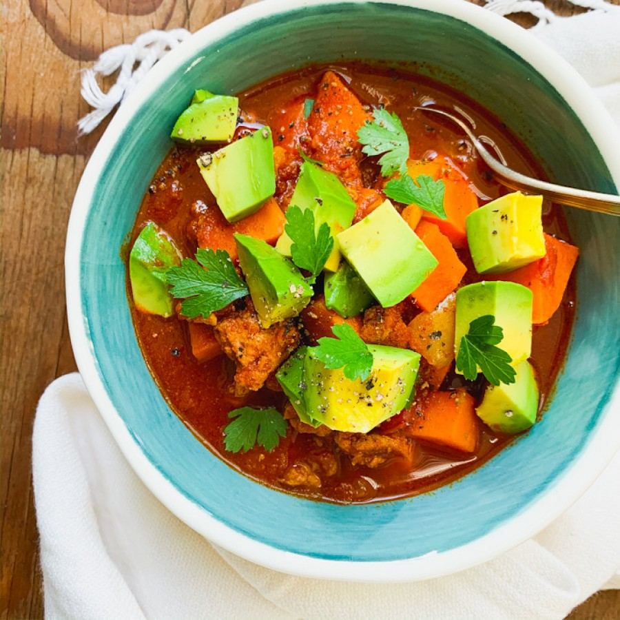 Turkey Chili with Sweet Potatoes and Bell Peppers