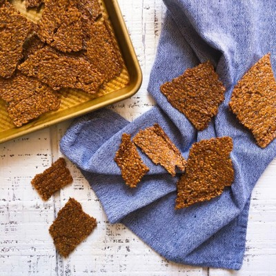 Homemade Sage and Rosemary Flax Seed Crackers