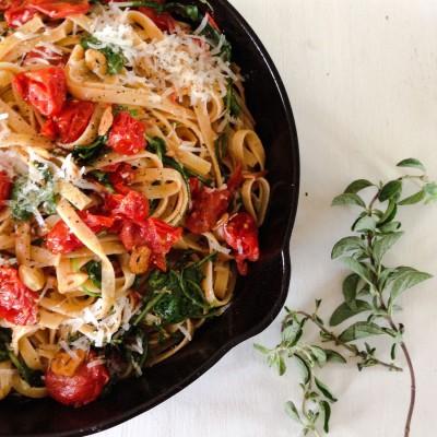 Tomato and Arugula Summer Pasta
