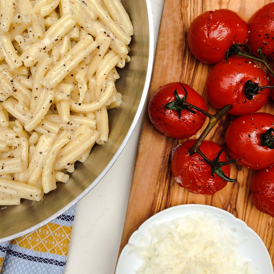 Cacio e Pepe with Roasted Tomatoes