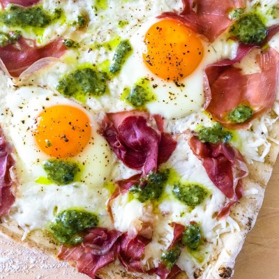 Grilled Breakfast Pizza with Egg and Prosciutto