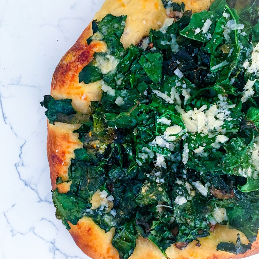 Roasted Garlic, Mushroom and Kale Pizza